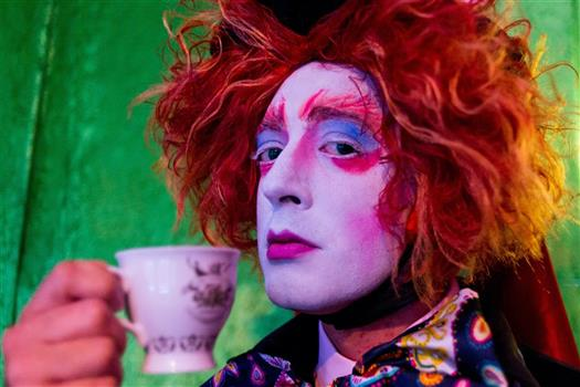Mad Hatter S Gin Tea Party Chicago Tribune Event Listings